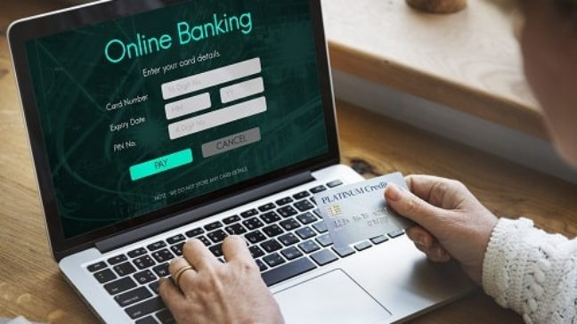 What is the difference between a physical bank and an online bank