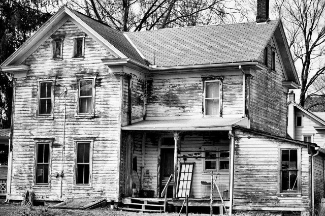 Abandoned house | Quotes and descriptions to inspire creative writing